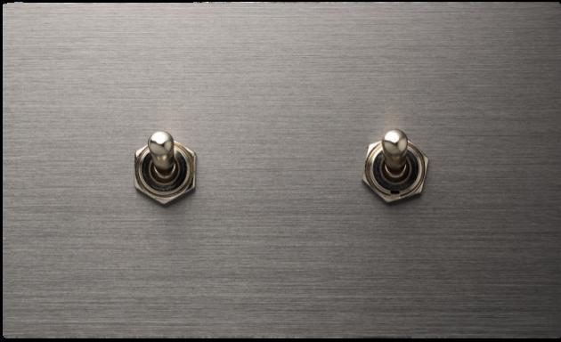 古典系列金屬灰/二開關蓋板組 1