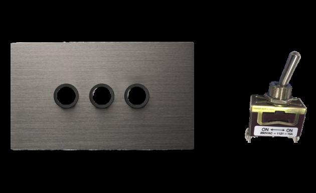 古典系列金屬灰/三開關蓋板組 3