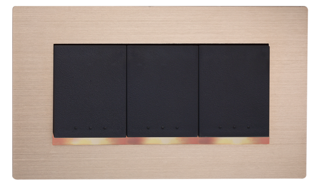 月光系列摩登金-三開關蓋板組 1
